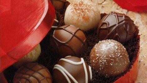 گزارش اندازه بازار شیرینی صنعتی ، شکلات ، آبنبات ،بیسکویت و دراژه در ایران